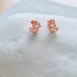 Rose gold cat stud earrings