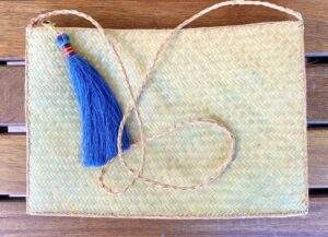 Straw Zip Pouch With Long Handle